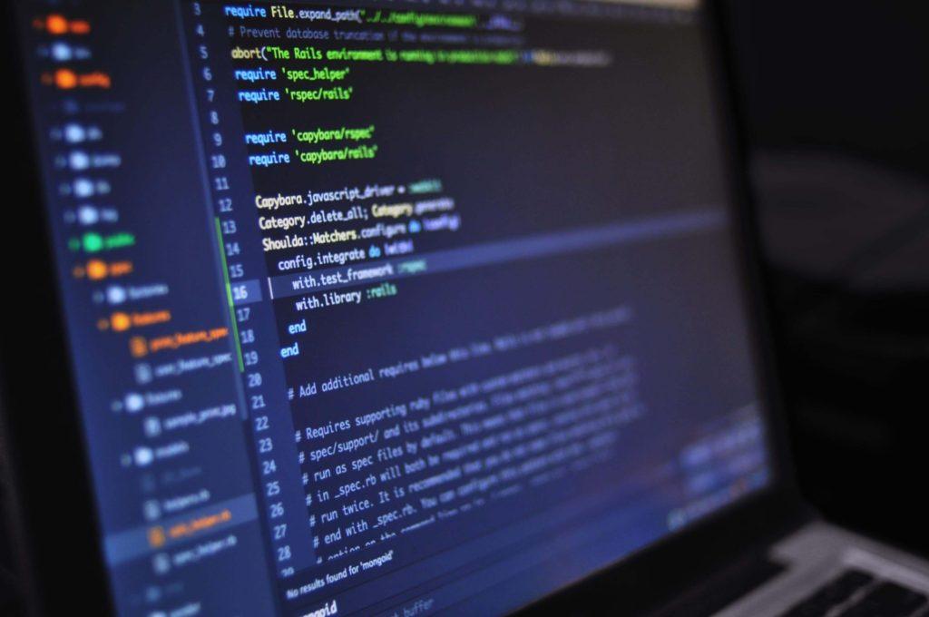 クラウド型(ASP型)Web会議システムで損をする3つの理由